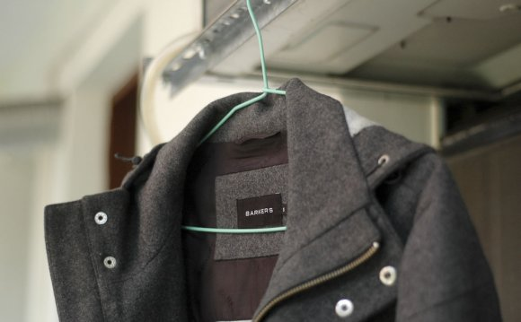 4 Ways to Wash a Wool Coat