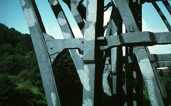 Photo of iron bridge
