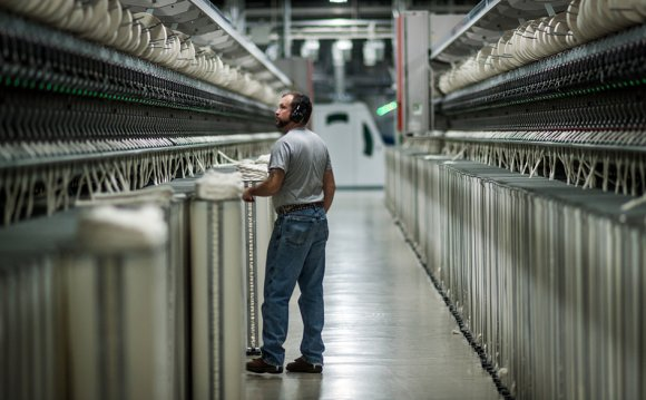 U.S. Textile Plants Return