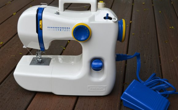 Portable Sewing Machines Reviews